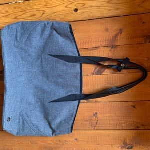 Lululemon Go Better grey tote PERFECT CONDITION!